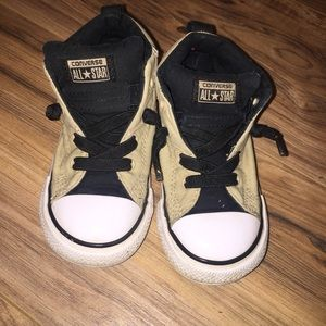 Converse  Sneakers Size 9